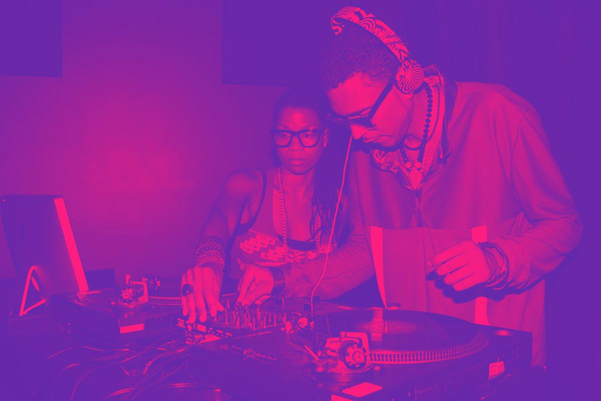 DJ-Option-1